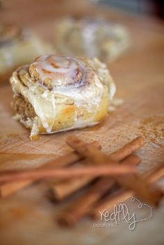 Redfly Creations: Scrumptious Mashed Potato CINNAMON ROLLS