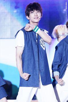 Joshua 조슈아 || Hong Jisoo 홍지수 || Seventeen || 1995 || 177cm || Lead Vocal