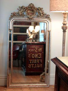 European Antiques : Mirrors
