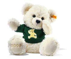 Steiff Cosy Year Bear 2008