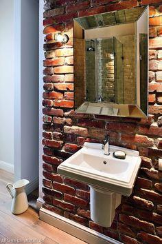 Dekorujemy ściany w łazience! Wybraliśmy ładne łazienki, w których ściany robią klimat. Dekoracja ścian: płytki, kolory farb, tapety, drewno. Zoabcz,co świetnie się komponuje i co jest modne? Poznaj nasze pomysły, a może odnajdziesz inspirację na wnętrze swojej łazienki.