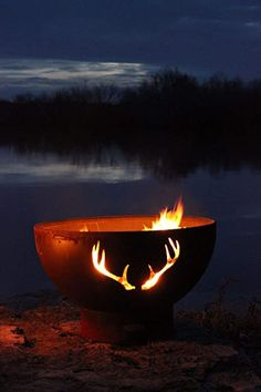 While many of us may gather around a fire pit this for entertaining & cooking up smores, original fire pits were little more than an open fire used for light & warmth. Fire Pit Art, Wood Fire Pit, Fire Pits, Outdoor Life, Outdoor Gardens, Outdoor Living, Outdoor Heaters, Patio Heater, Lakeside View