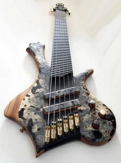 PROMETEUS GUITARS - Ahab 6 string Multi-scale Bass