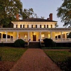 Awesome Classic Home Exterior Ideas_4
