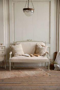 アンティーク 家具 ソファ 椅子 チェア インテリア フレンチ 部屋 ホワイト antique furniture sofa interior french coordinate chair room