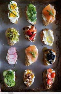 Mini sandwiches looking yummy!
