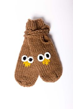 owl mittens... too cute and will go with my TARDIS wool hat! LOL