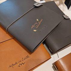 Noëlie | Calligraphique (@calligraphique) • Photos et vidéos Instagram Photos, Instagram, Calligraphy, Objects, Leather, Pictures
