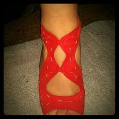 Hot red heels! Size 10 ! great with a black dress JustFab Shoes Heels