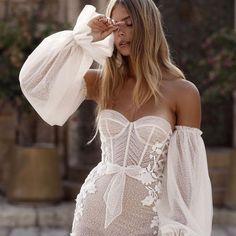 Prettiest when in@bertaprivee #bertaprivee#berta#bertabridal #vakkowedding #bridal Sexy Wedding Dresses, Wedding Gowns, Bridal Dresses, Prom Dresses, Strapless Dress, Berta Bridal, Asymmetrical Dress, Wedding Styles, Nice Dresses