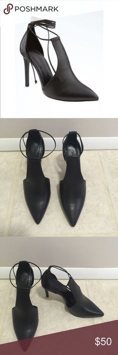 Banana republic Deanna lace up pump New with box Banana Republic Deanna lace up pump Banana Republic Shoes Heels