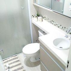 ⚫BATHROOM ⚫ #ApêRaeMax #HomeSweetHome #NossoLar #Decor #Design #Arquitecture #Organização #Decoração #Clean #HomeStyle #Bathroom #Banheiro #Decoração #ApartamentoPequeno #Decorando