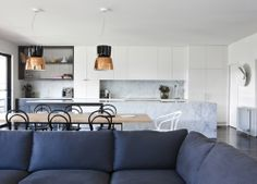 Residential Interior Design by Fiona Lynch Design Office, Hawthorn House. Photography by Gorta Yuuki #fionalynch #interiors
