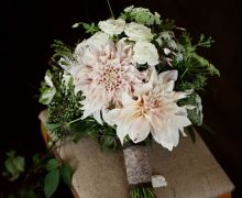Bouquet Inspiration: Rustic Wedding Bouquets