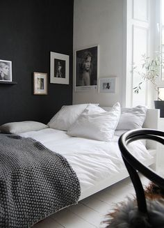 The Best Paint Shades for Dark Walls