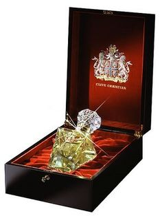 Clive Christian Imperial Majesty Perfume for Men 16.9 oz Per $435