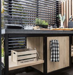 Gardens, Desk, Furniture, Home Decor, Desktop, Decoration Home, Room Decor, Outdoor Gardens, Table Desk