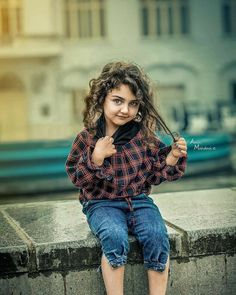 Cute Baby Girl Photos, Cute Baby Couple, Cute Little Baby Girl, Cute Kids Pics, Cute Baby Boy Outfits, Beautiful Little Girls, Cute Baby Pictures, Cute Girls, Baby Girls