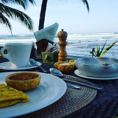 This view!  barely 30m away from what I can call home for a few days. Intense relaxing overwhelming but simply awesome  #theview #breakfast #newlyweds #justmarried #honeymoon #travel #holidays #home #homesweethome #blogger_lu #bali #delicious #Indonesian #indonesiancuisine #breakfast #awesome #dajuma #foodpic #lifesum #food #taoofstefan #fitnesslifestyle #bjjlifestyle #foodie #foodblogger #travelblogger