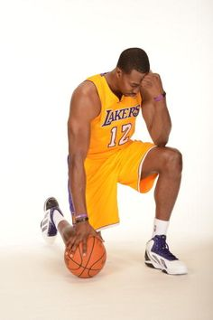 Dwight Howard tebowing.
