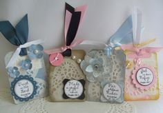 Scripture tags made with paper doilies.