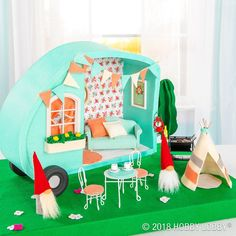 Hit the make-believe road with the DIY camper cutie!