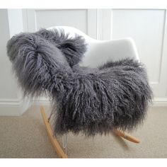 Grey Sheepskin Rug Soft Gray Tibetan Luxury Long Haired Sheepskin Rug... ($146) ❤ liked on Polyvore featuring home, rugs, black, floor & rugs, home & living, fur rug, grey fur rug, tibetan rugs, tibetan area rugs and black rug