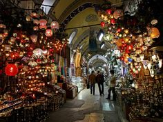 Istanbul's Grand Bazaar and other must-take trips