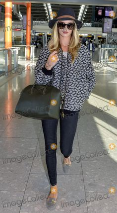 Rosie Huntington Whitley @ Heathrow Celebrity Pictures, First World, Plaid, Hat, Celebrities, Tops, Style, Fashion, Gingham