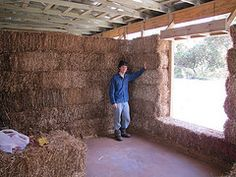 straw bale house - sustainable & economical and warm in the winter!