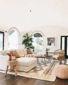 Uma lista com cores e estilos para o ambiente mais social da casa, a sala