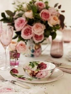 Once again, thank you for a lovely board today.  Tonight and Tuesday, let's do CENTERPIECES and TABLESCAPES.