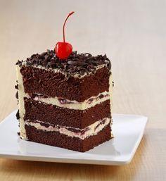 Cheese black forest cotton cake, cake bertekstur lembut yang istimewa. Yuk segera buat di rumah.