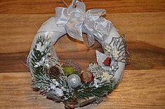 Dekorácie - Venček - 10027139_ Christmas Wreaths, Holiday Decor, Home Decor, Decoration Home, Room Decor, Home Interior Design, Home Decoration, Interior Design