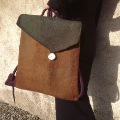 Felted Purse-  I want to learn how to make this.