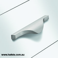 Häfele creates it's furniture handle collection: designs and finished for every taste Furniture Handles, Cabinet Makers, Coffee Recipes, Industrial Furniture, Hardware, Cold, Design, Collection