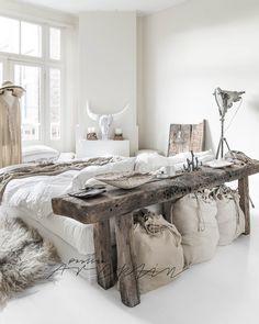 "758 gilla-markeringar, 25 kommentarer - Paulina Arcklin Photography (@paulinaarcklin) på Instagram: ""My last home in Amsterdam, still few weeks...here is the Bedroom #paulinaarcklinhome #styling…"""