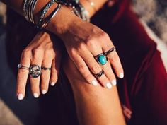 Summer travel trend: jewellery that is best to take off with Opal, Amethyst, Boyfriend Video, Summer Pictures, Life Is An Adventure, Summer Travel, Picture Video, Rings For Men, Jewelry