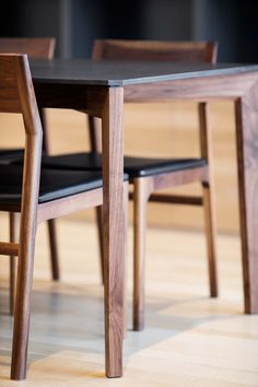 Kastella, dining table with chairs. Photo by Adrien Williams. Dining Table Design, Solid Wood Dining Table, Dining Table Chairs, Tables, Hardwood Furniture, Dining Furniture, Furniture Design, Inspiration, Press Kit