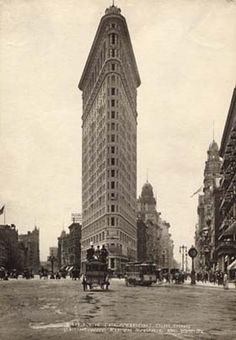 Flatiron Building, made possible by steel frame construction