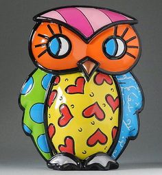 Romero Britto Own Strength. Showcasing renowned pop-artist Romero Britto's use of vivid colors and bold graphic patterns, the owl figurine features red hearts design. Animal Sculptures, Sculpture Art, Arte Elemental, Pop Art, Graffiti Painting, Class Decoration, Mondrian, Elements Of Art, Art Activities