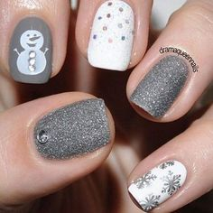 Grey And Glitter White Snowman Christmas Designs christmas christmas nails christmas nail art christmas nail designs christmas nail images