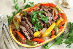 Hi, Everyone! It's Sarah from @sarahsteffens_personalchef with an Italian inspired fajita recipe you can make in just minutes! # Tip: Whenever I cook myself dinner, I make an extra portion to have as a meal the next day. I portion my dinner on a plate, then store a second portion in a glass container, then wash the pan (confession for those of you that know me: I still wash my dishes pretty much immediately after using them!). # Are you in the habit of prepping tomorrow's meals? It will…
