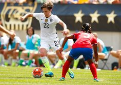 Meghan Klingenberg vs. Costa Rica, Pittsburgh, Aug. 16, 2015. (Jared Wickerham/Getty Images North America)