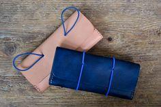 Bolsa sostenedor de la pluma en cuero con cierre por ByHandStore