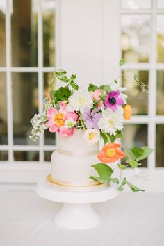 Everyone loves a good neutral and greenery bouquet, but when photographer Kati Mallory asks you to complete her flower power vision for a bright and summery southern elopement, you make it happen! Nothing screams summer like some bright, punchy blooms! It's like sangria in flower form. It doesn't take much to make a wedding feel personal. Some thoughtful table settings, unique invitations, and signature blooms makes wedding magic every time! Spring Wedding Flower Inspiration, Spring Wedding Flowers, Wedding Cakes With Flowers, Wedding Cake Inspiration, Flower Bouquet Wedding, Floral Wedding, Wedding Ideas, Creative Wedding Cakes, Fall Wedding Cakes