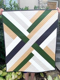 Maypole Quilt by Suzy Quilts | Fabric: Riley Blake Designs Confetti Cotton