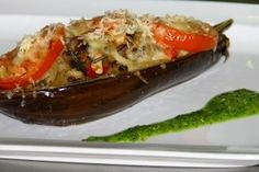Vinete umplute cu carne - Culinar.ro Romanian Food, Pesto, Baked Potato, Beef, Cooking, Ethnic Recipes, Foodies, Meat, Kitchen