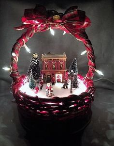 Outstanding Christmas deco info are readily available on our web pages. Christmas Baskets, Christmas Lanterns, Christmas Centerpieces, Christmas Tree Decorations, Christmas Wreaths, Country Christmas, Christmas Holidays, Christmas Bulbs, Christmas Projects
