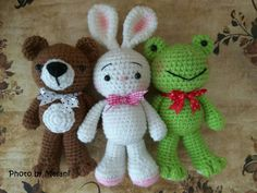 That's why I share this pattern to you who celebrate Christmas. This free amigurumi pattern tree is so easy to croche. Easter Crochet, Crochet Toys, Free Crochet, Baby Comforter, Stuffed Toys Patterns, Lana, Free Pattern, Hello Kitty, Projects To Try